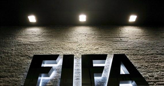 Europejskie kluby nie mogą liczyć na rekompensaty finansowe w związku z proponowanym listopadowo-grudniowym terminem piłkarskich mistrzostw świata 2022 w Katarze - zapowiedział sekretarz generalny FIFA Jerome Valcke.