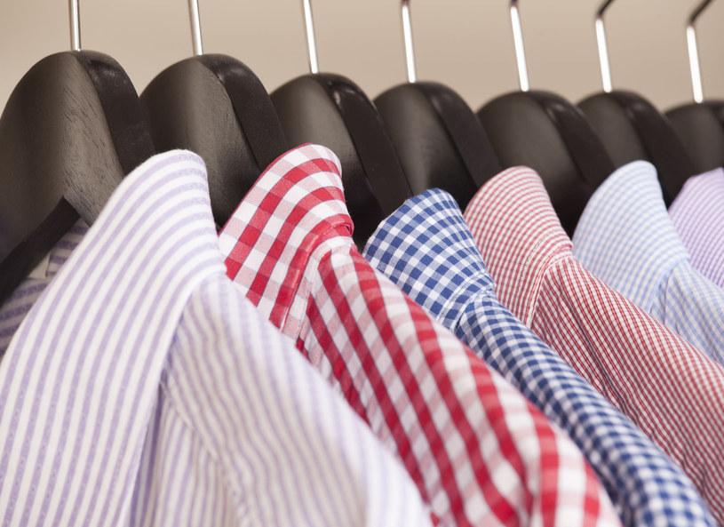 Dobór koszuli dla mężczyzny to bardzo często nie lada problem nie tylko dla samego noszącego, ale też dla kobiet, które decydują się na kupno takiego prezentu. Gościem programu była Sylwia Bożęcka, która szyje koszule na miarę. Przekazała cenne rady, dotyczące tego, jak się zmierzyć, by znaleźć właściwą koszulę oraz o czym pamiętać przy jej wyborze.