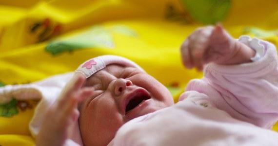 Nie przyprowadzajcie swoich niemowlaków do żłobków - apeluje do rodziców w Berlinie niemiecki Związek Pediatrów. To ostrzeżenie wiąże się z panującą w niemieckiej stolicy epidemią odry.
