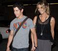 Nick Jonas i Delta Goodrem już nie są parą