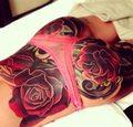 Cheryl Cole broni tatuażu na pupie