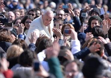 Papież Franciszek: Kobiety widzą dalej