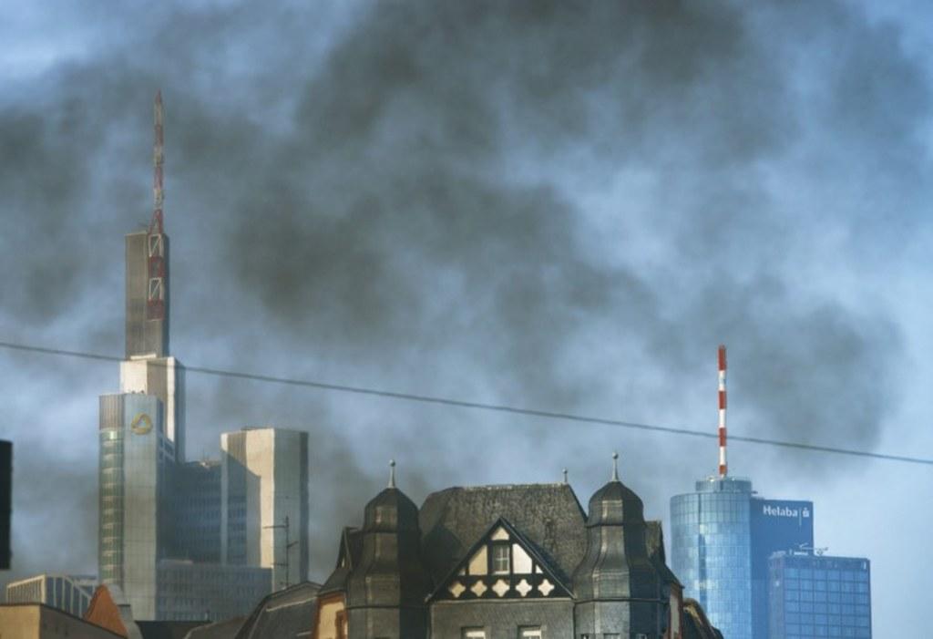 Fot. EPA/www.mainhattan-webcam.de