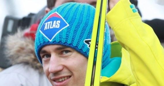 Kamil Stoch, dziewiąty zawodnik Pucharu Świata w skokach narciarskich w sezonie 2014/15, zajmuje 11. miejsce na liście nagrodzonych. Podwójny mistrz olimpijski z Soczi otrzymał 81 500 franków (ok. 315 tysięcy zł).