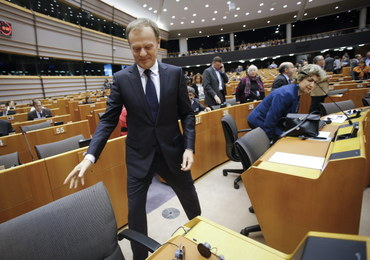 Donald Tusk znowu pod ostrzałem. Działa wbrew interesom Unii?