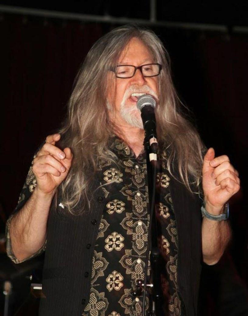 72-letni wokalista i kompozytor Norman Greenbaum jest w stanie krytycznym po wypadku samochodowym.