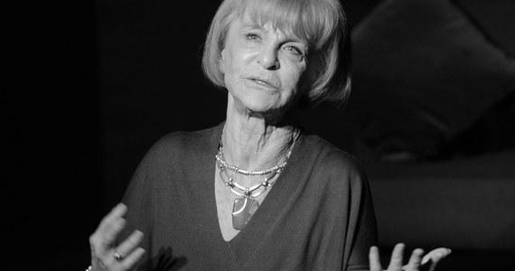 Nie żyje Barbara Sass - poinformowała łódzka Filmówka na swojej stronie internetowej. Reżyserka filmowa i producentka telewizyjna miała 79 lat. Barbara Sass była jedną z pierwszych kobiet, które stanęły w Polsce za kamerą.