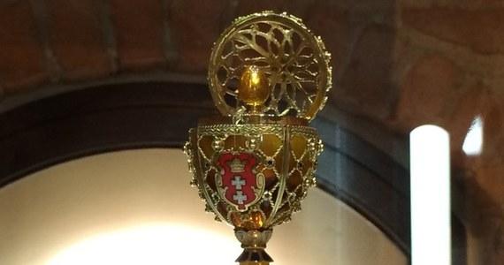 Było prezentem z okazji 1000-lecia, podarowanym Gdańskowi przed Wielkanocą w 1997 roku. Jedno z 11 bursztynowych jaj Faberge.