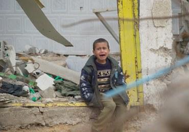 Pocisk moździerzowy spadł na dom. 11 ofiar, w tym 6 dzieci
