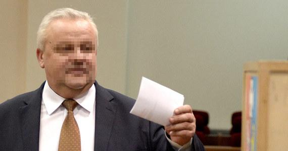 W ciągu dwóch tygodni do sądu ma trafić akt oskarżenia przeciwko byłemu marszałkowi województwa podkarpackiego Mirosławowi K. Lubelska prokuratura apelacyjna zakończyła śledztwo w jego sprawie. Prokuratorzy nie mają wątpliwości, że doszło do korupcji, a także przestępstw seksualnych.