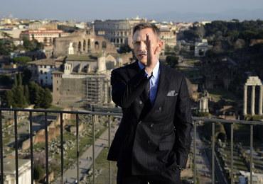 """Daniel Craig dostał od ONZ... """"licencję na ratowanie"""""""