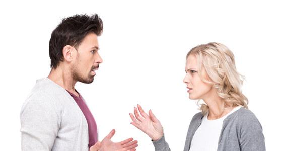 Człowiek sfrustrowany randkami