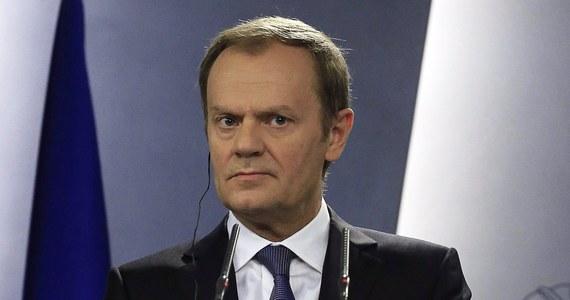 Przewodniczący Rady Europejskiej Donald Tusk nie widzi obecnie wśród państw unijnych konsensusu w sprawie wysłania na Ukrainę misji pokojowej UE. Mówił o tym w wywiadzie dla ukraińskiej agencji informacyjnej Ukrinform i pierwszego programu telewizji państwowej.