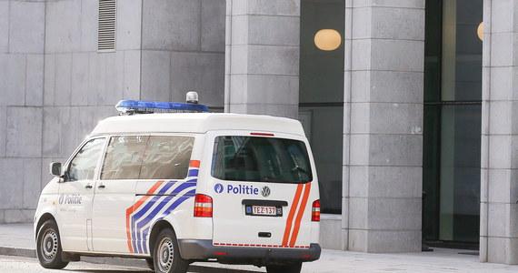 To 34-letni Belg z Tongeren najprawdopodobniej zamordował Polkę, której ciało znaleziono w czwartek w kanale Alberta w Zutendaal. Mężczyzna przyznał się winy - dowiedziała się nasza dziennikarka. Zwłoki 33-latki zostały umieszczone w drewnianej skrzyni.
