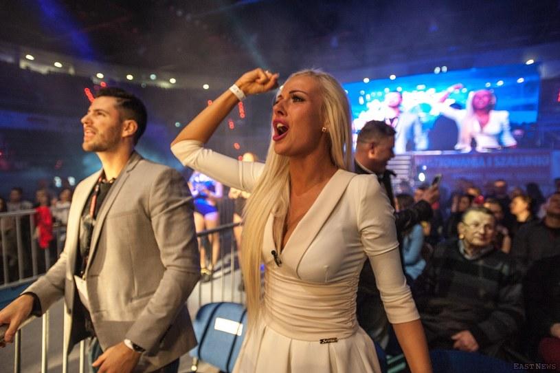 """Po sukcesie debiutanckiego teledysku """"Jesteś dla mnie kokainą"""" (1,5 mln odtworzeń) drugi klip prezentuje Eliza znana z """"Warsaw Shore""""."""