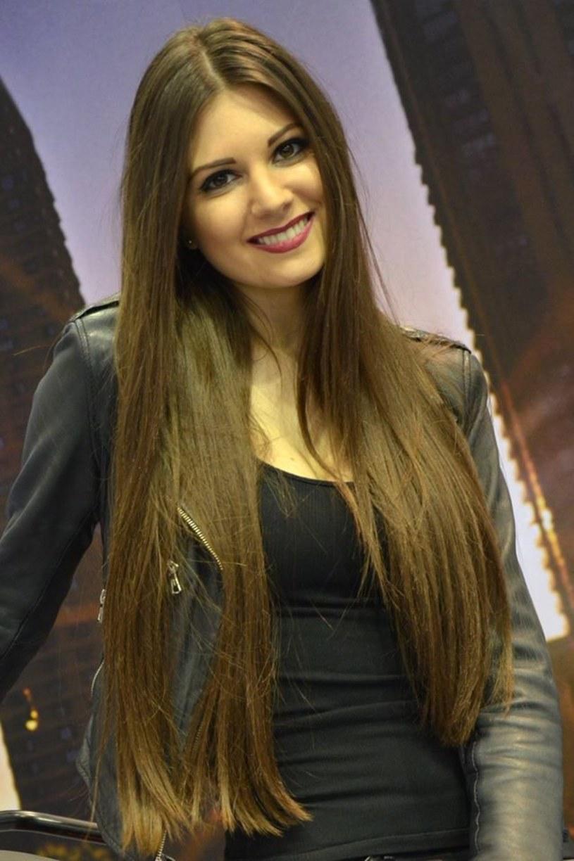 """""""Fakt"""" publikuje odpowiedź wokalisty discopolowej grupy Diego na zarzuty przedstawiane przez Maję Nizio, Miss Wielkopolski 2014. Modelka twierdzi, że piosenkarz miał proponować nastoletnim uczestnikom konkursu stosunki seksualne."""