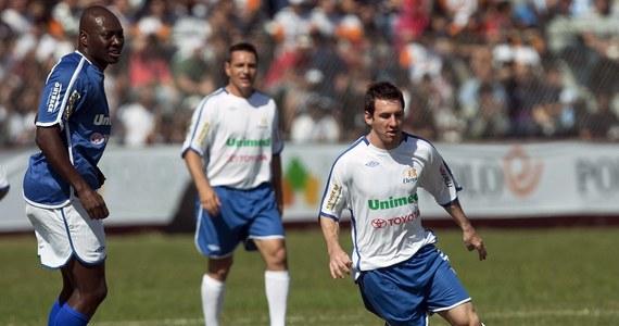 Freddy Rincon, były gwiazdor kolumbijskiej piłki nożnej, jest poszukiwany przez Interpol w związku z podejrzeniami o pranie brudnych pieniędzy w zmowie z mafią narkotykową. Interpol wystosował nakaz aresztowania 48-letniego Rincona na wniosek Panamy.