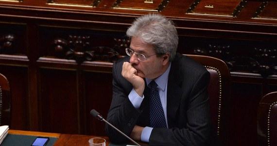 """Nie należy zamykać drzwi przed Rosją - uważa szef włoskiej dyplomacji Paolo Gentiloni. W wywiadzie dla dziennika """"La Stampa"""" zastrzegł, że nie można się łudzić, że wzajemne relacje powrócą do stanu sprzed kryzysu ukraińskiego."""