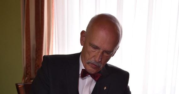 Kandydat na prezydenta Janusz Korwin-Mikke uważa, że należy uchwalić nową konstytucję RP. Proponuje m.in. siedmioletnią kadencję prezydenta bez prawa reelekcji i powołanie Rady Stanu - nowego ciała stanowiącego prawo.