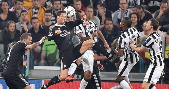 Juventus Turyn wygrał z broniącym trofeum Realem Madryt 2:1 (1:1) w pierwszym meczu półfinałowym piłkarskiej Ligi Mistrzów. Rewanż 13 maja w stolicy Hiszpanii.