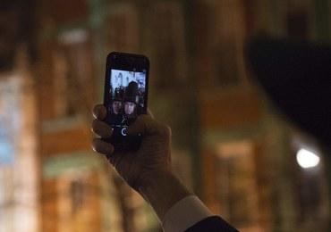 Selfie w przy urnie? Pół roku więzienia