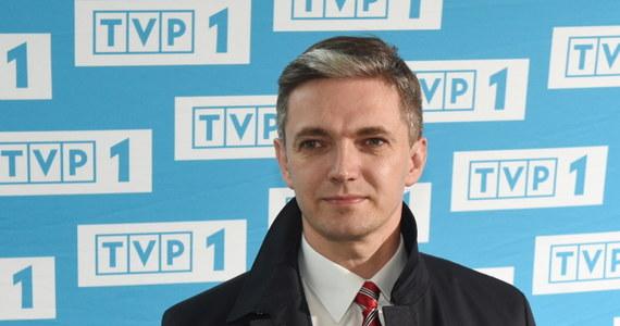 """""""Dobra zmiana pokoleniowa w polskiej polityce jest jest potrzebna. I ta wrażliwość samorządowa, którą proponuję, to codzienne rozwiązywanie problemów, tam, na dole - tak jak robiłem to przez ostatnie kilkanaście lat, jest dobrą ofertą"""" – mówił na finiszu kampanii prezydenckiej kandydat ludowców, Adam Jarubas. """"Może zmienić styl tej polityki, polegającej, na nieustannej, jałowej wojnie polsko-polskiej, która do tej pory denerwuje Polaków"""" – tłumaczył."""