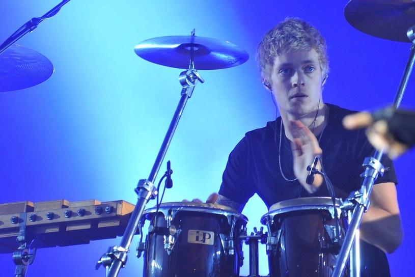 Syn Rogera Taylora, perkusisty zespołu Queen, dołączył do rockowej grupy The Darkness.