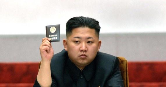 W Korei Północnej rozstrzelano ministra obrony za brak szacunku dla przywódcy kraju, Kim Dzong Una - informuje agencja prasowa Yonhap, powołując się na wywiad południowokoreański.