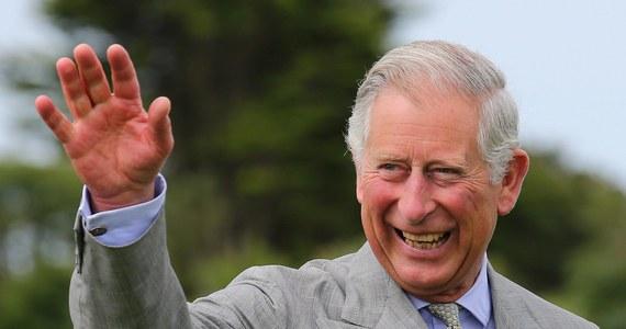 Po 10 latach procesów brytyjski rząd opublikował listy księcia Karola do premiera Tony'ego Blaira oraz ministrów jego rządu z lat 2004-2005. Książę Karol próbował w nich wpływać na decyzje rządu, wykraczając poza swoje konstytucyjne uprawnienia.