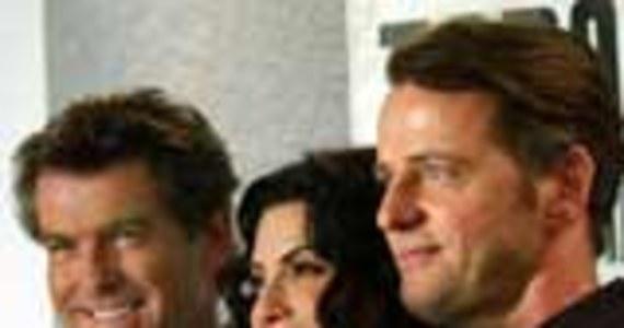 Nowa Zelandia Atak Film Photo: Pierce Brosnan: Atak Na Producentów