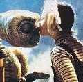 "Barrymore chce powrotu ""E.T"""