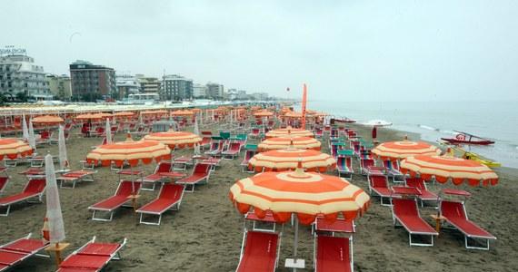 Branża turystyczna we Włoszech, która mocno ucierpiała latem zeszłego roku z powodu kaprysów pogody, przystąpiła do ofensywy w walce o gości. W Pesaro hotelarze obiecują weekend za darmo, jeśli będzie padał deszcz, a w Riccione 29 maja wszystko będzie gratis.