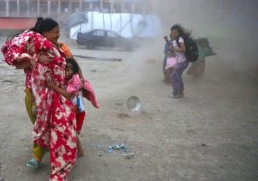 Nepal: Tysiące ludzi ewakuowanych z powodu zagrożenia powodzią