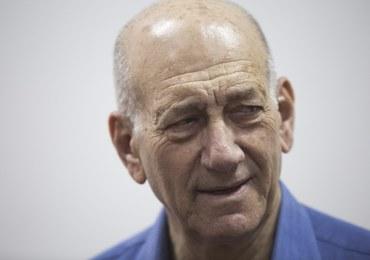 Były premier Izraela skazany na 8 miesięcy więzienia