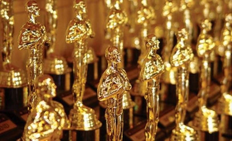 W niedzielę, 3 stycznia, w Nowym Jorku rozdano nagrody tamtejszego stowarzyszenia krytyków filmowych. Obserwatorzy spekulują, czy wystąpienia nagrodzonych wpłyną w jakikolwiek sposób na nominacje do Oscara.