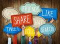 Tradycyjne serwisy a ich profile w social media – jak spójnie prowadzić działania?
