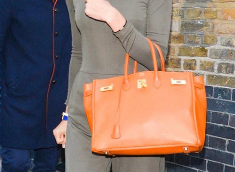 40300b44e3 Torebki Hermes nie bez powodu nazywane są najbardziej luksusowymi torebkami  świata. Model Birkin osiągnął rekordową
