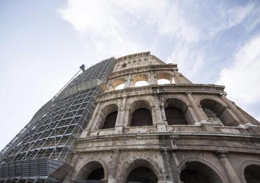 Arena w rzymskim Koloseum do rekonstrukcji