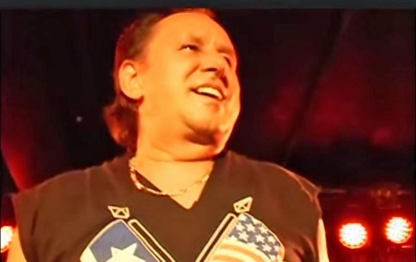 Związany z zespołem Heaven Allan Fryer przegrał walkę z rakiem.