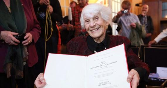 102-letnia Ingeborg Syllm-Rapoport odebrała dyplom doktora nauk medycznych. Został jej nadany przez akademię medyczną w Hamburgu po obronie dysertacji, wstrzymanej 77 lat temu przez władze III Rzeszy. Powodem było żydowskie pochodzenie lekarki.