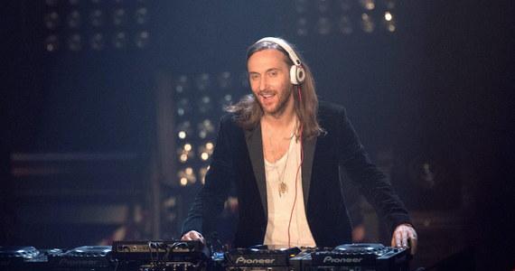 """Francuz David Guetta został """"muzycznym ambasadorem"""" piłkarskich mistrzostw Europy, które w 2016 roku odbędą się w jego ojczyźnie - poinformował szef UEFA Michel Platini. Słynny DJ skomponuje oficjalny hymn imprezy."""