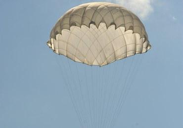 Bielsko-Biała: Wypadek 18-letniego spadochroniarza