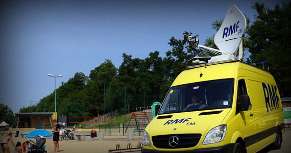 Zgierz, Dolsk, Puck, Dęblin, Namysłów, a może Opoczno? To Wy zdecydujecie, dokąd tym razem pojedzie żółto-niebieski wóz satelitarny i skąd nadamy Twoje Miasto w Faktach RMF FM! Na Wasze głosy czekamy do czwartku do godziny 12. Zapraszamy!