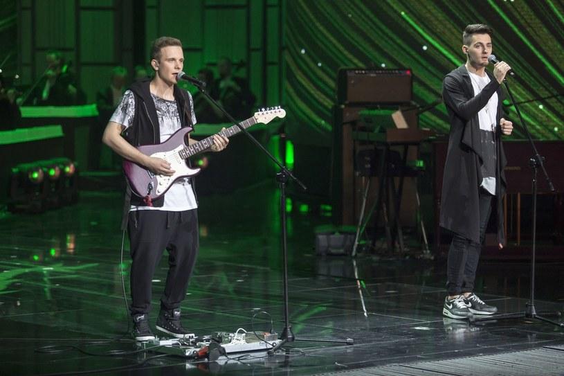 """Grupa Space z Opola to niewątpliwie największy przegrany tegorocznego festiwalu w Opolu. Zwycięzcy regionalnych eliminacji w fatalnym stylu przedstawili się publiczności i telewidzom śpiewając piosenkę Skaldów """"Wierniejsza od marzenia""""."""