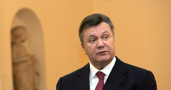 """Były prezydent Wiktor Janukowycz stwierdził, że """"nie zaprzecza swojej odpowiedzialności"""" za rozlew krwi na Ukrainie. W wywiadzie udzielonym telewizji BBC zaprzeczył także, że wydał rozkaz otwarcia ognia do demonstrantów na Majdanie. Były szef państwa pytany był również o kwestię Donbasu. Janukowycz stwierdził, że powinien on zostać częścią Ukrainy."""