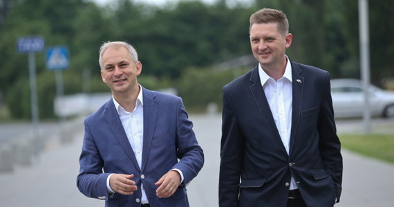 Biało-Czerwoni  - tak nazywa się nowa formacja na polskiej scenie politycznej.  Powołali ją byli posłowie SLD Grzegorz Napieralski oraz Twojego Ruchu Andrzej Rozenek.