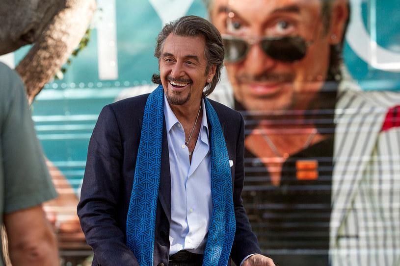 """Po zeszłorocznej adaptacji powieści Philpa Rotha """"The Humbling"""", w której Al Pacino zagrał starzejącego się aktora w kryzysie, przyszedł czas na """"Idola"""" i starzejącego się piosenkarza w kryzysie. Pacino w kryzysie twórczym zdecydowanie nie jest."""