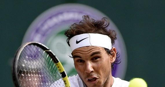 Rozstawiony z numerem 10 Hiszpan Rafael Nadal przegrał z reprezentantem Niemiec Dustinem Brownem 5:7, 6:3, 4:6, 4:6 w drugiej rundzie wielkoszlemowego turnieju tenisowego na trawiastych kortach Wimbledonu w Londynie.