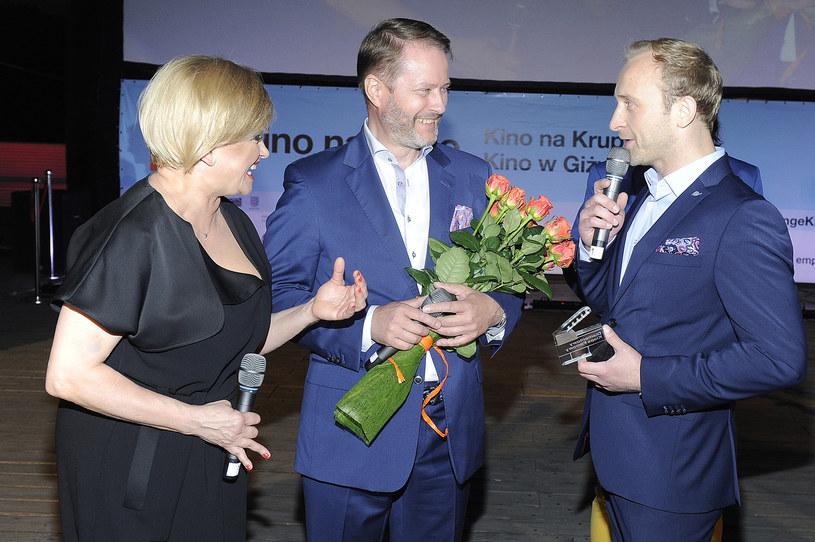 Artur Żmijewski został w sobotę laureatem Diamentowego Klapsa Filmowego, nagrody przyznawanej w ramach festiwalu Orange Kino Letnie. To wyróżnienie trafia do aktorów, którzy dzięki swojej pracy oraz zaangażowaniu w role wywierają pozytywny wpływ na kino i niosą widzom dobre emocje.