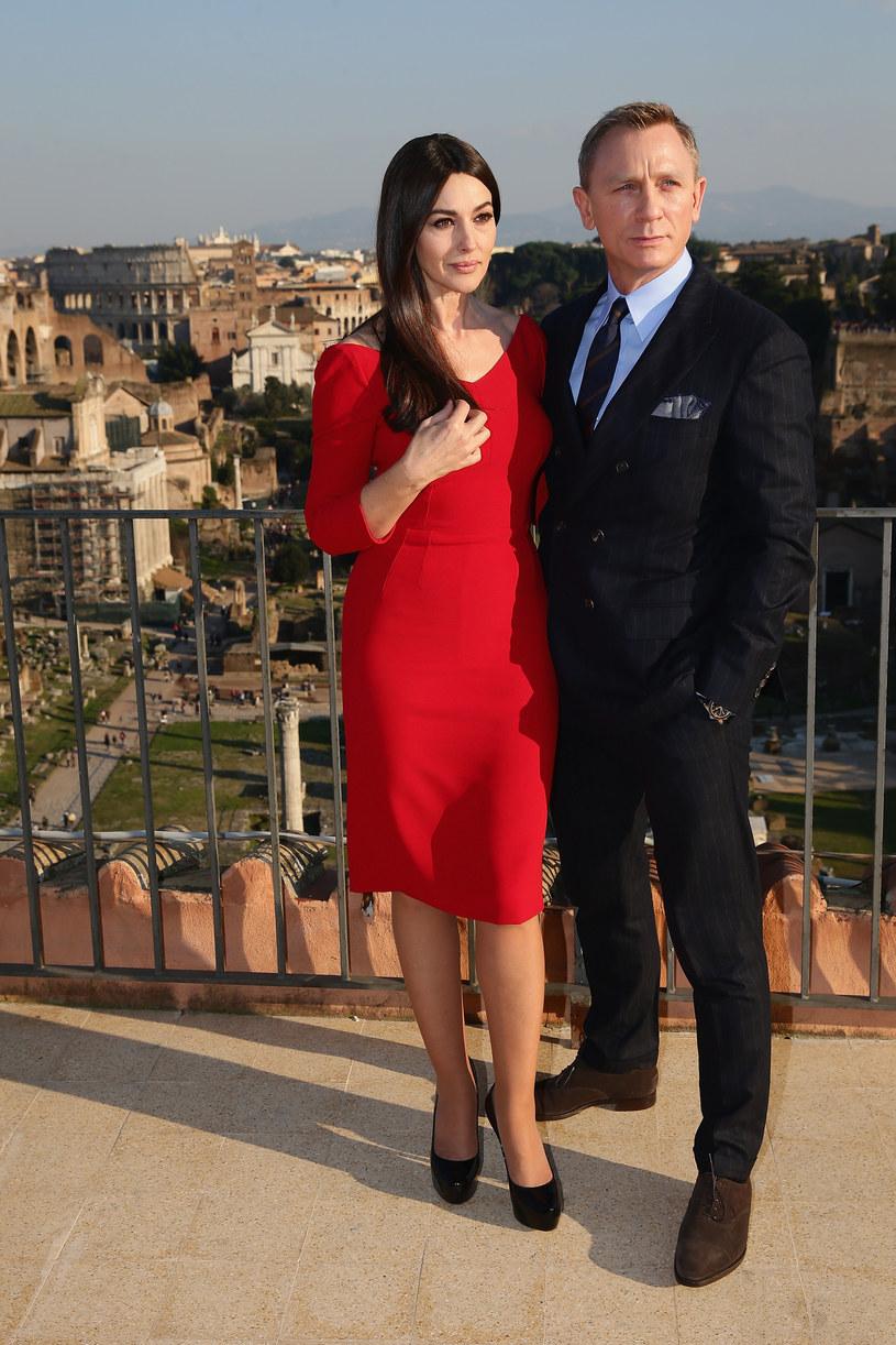 Córka Harry'ego Saltzmana, długoletniego producenta filmów o przygodach Jamesa Bonda, szykuje musical o agencie 007.